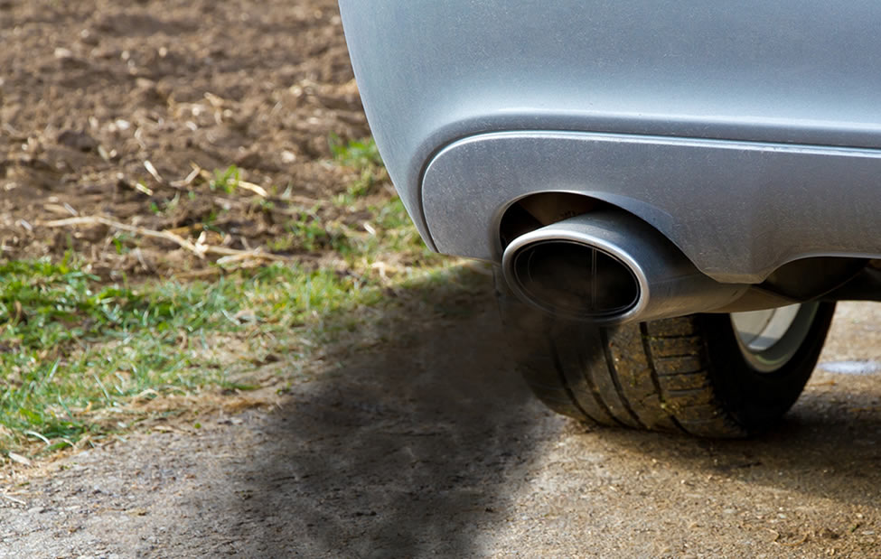 air pollution from auto exhaust